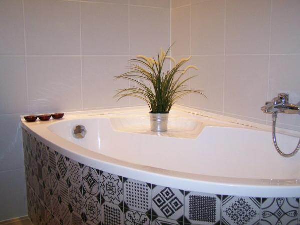 Fürdőkád burkolása