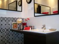Fürdőszoba tükörrel